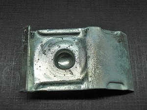1952 Ford & Mercury quarter belt moulding clip NOS